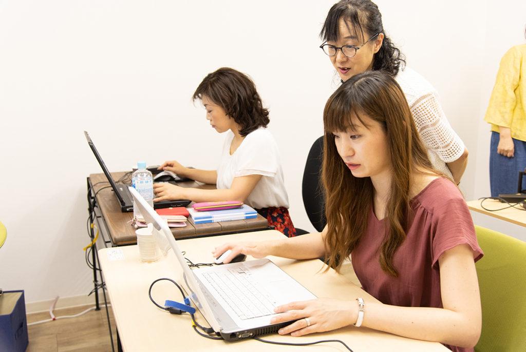 京阪枚方市駅直結のコワーキングスペース「ビィーゴ」で2019年9月に開催される「第1回ビィーゴフェスティバル」のイベント「厳選!Excel時短ワザ」講師事務プロ 代表 / 當座祐久子